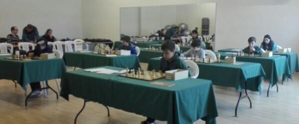 Esperanzadora participación de nuestros jóvenes ajedrecistas.