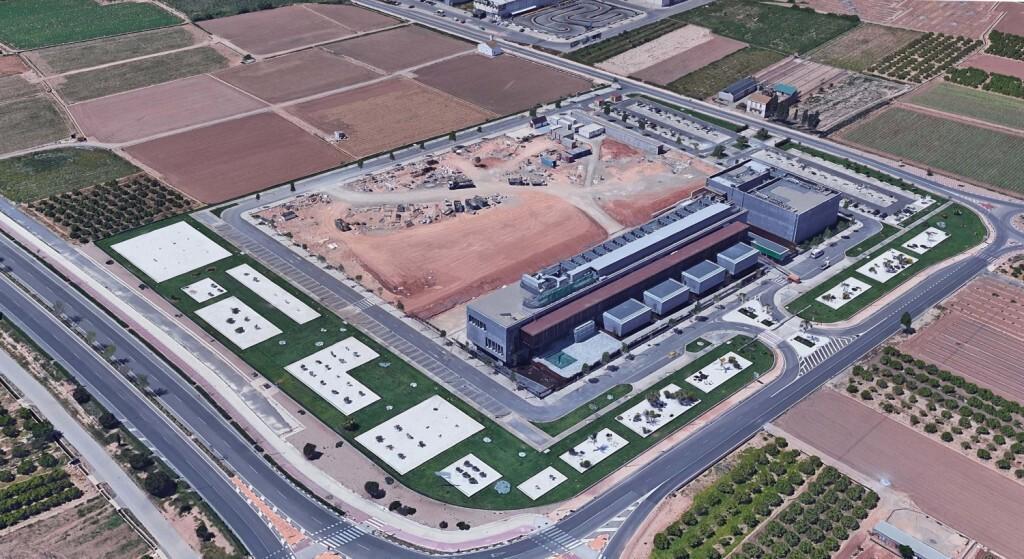 Estado actual de la parcela donde irán las nuevas oficinas de Mercadona en Albalat dels Sorells Valencia