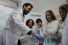 Más de 30.000 escolares de España se adentran en el ciclo urbano del agua gracias a Aqualogía.