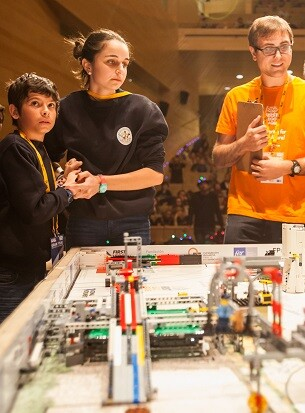 Participantes en la FIRST LEGO League.