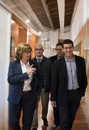Rodríguez visita Castillo de Alaquás.