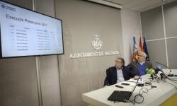 José Cuéllar 16/2/2018 Valencia, Comunitat Valenciana. L'alcalde de València, Joan Ribó, acompanyat pel regidor d'Hisenda, Ramon Vilar, fa un balanç de resultats econòmics. Sala de premsa municipal.