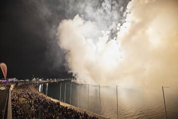 Amstel reconoce a todas las Fallas valencianas con un emocionante y atronador espectáculo pirotécnico (