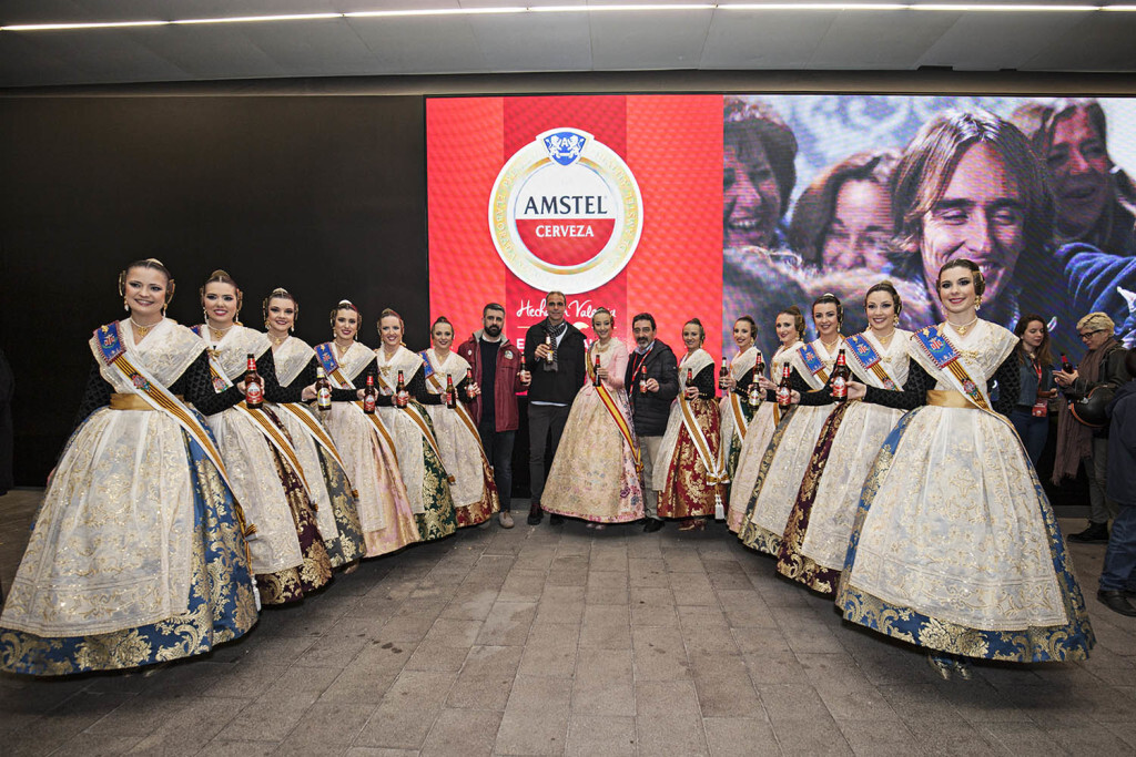 Amstel reconoce a todas las Fallas valencianas con un emocionante y atronador espectáculo pirotécnico ( (2)