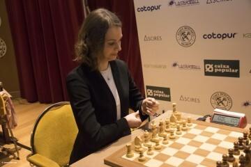 Anna Muzychuk Women Chess Stars_17
