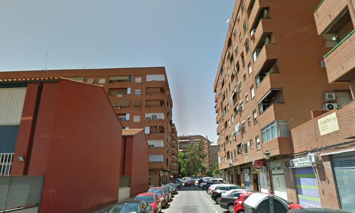 Calle Litógrafo Pascual y Google Maps
