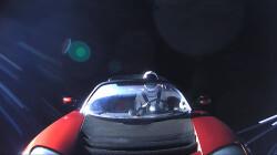 El-cohete-mas-potente-del-mundo-envia-un-descapotable-rojo-a-Marte_image_380