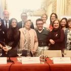 La Falla Palleter planta la Esperanza con su calendario solidario a favor de INCLIVA y la investigación