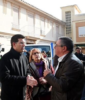 Jorge Rodríguez visita Jalance acompañado por el alcalde y Conxa García.