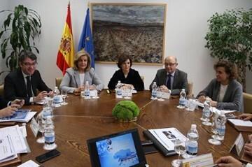 Ministros mesa de empleo