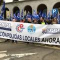 Policías Locales de toda España protestan en Madrid por la paralización del decreto que regulará su edad de jubilación (1)