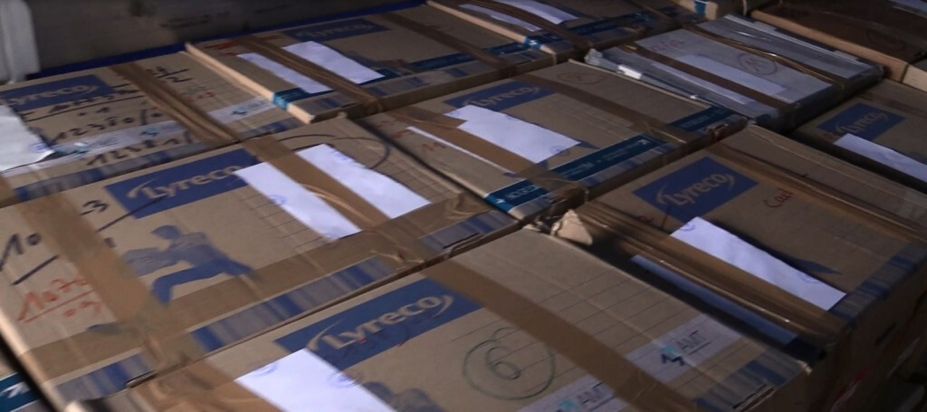 cajas en camión