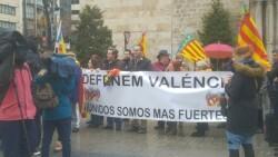 concentración en Valencia contra la imposición de ideas catalanistas (1)