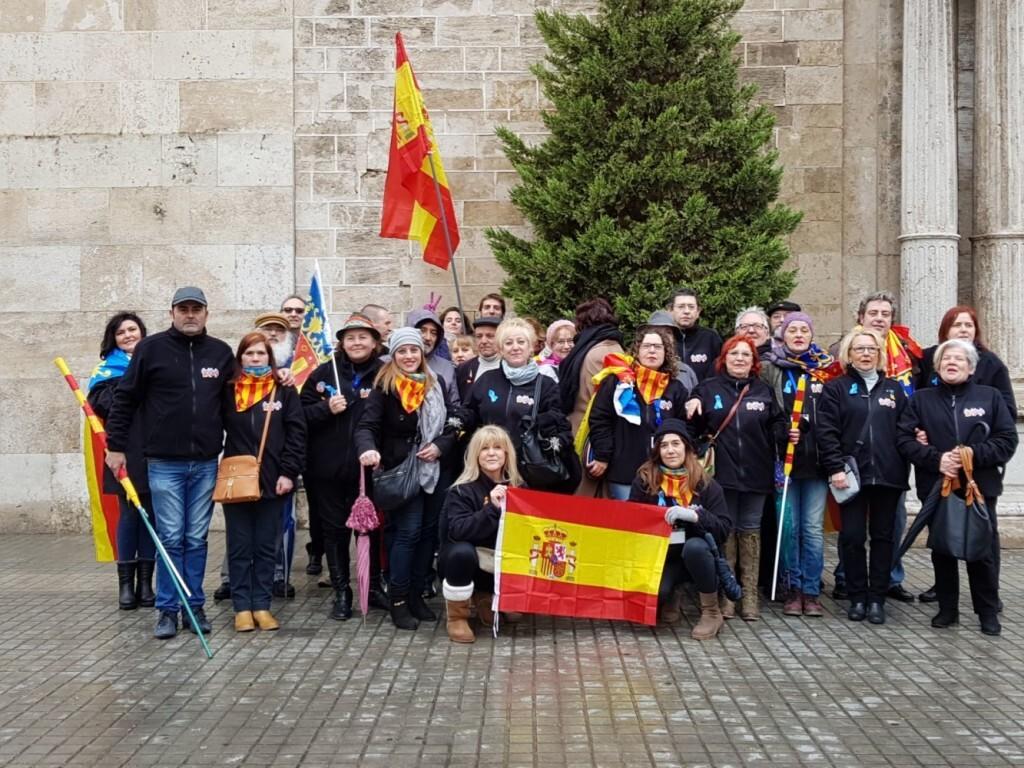 concentración en Valencia contra la imposición de ideas catalanistas (3)