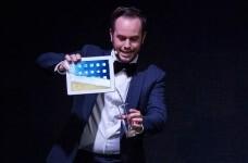 Jorge Blass trae al Olympia su espectáculo 'Palabra de mago'.