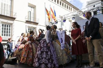 La Diputació de València celebra su tradicional recepción fallera (2)