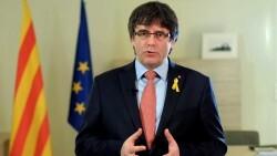 Puigdemont renuncia provisionalmente a ser investido y propone a Jordi Sànchez como candidato