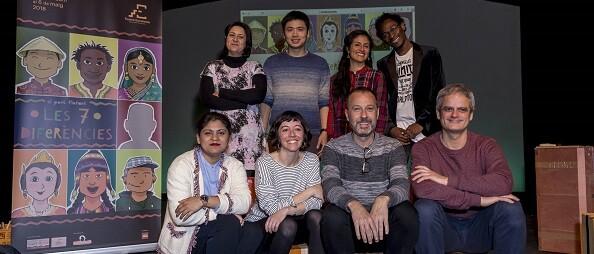 Rosa Pérez Garijo y Josep Policarpo con los artistas de Pot de Plom.