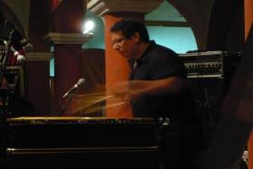 Víctor Mendoza en una de sus actuaciones.