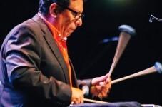 Víctor Mendoza.
