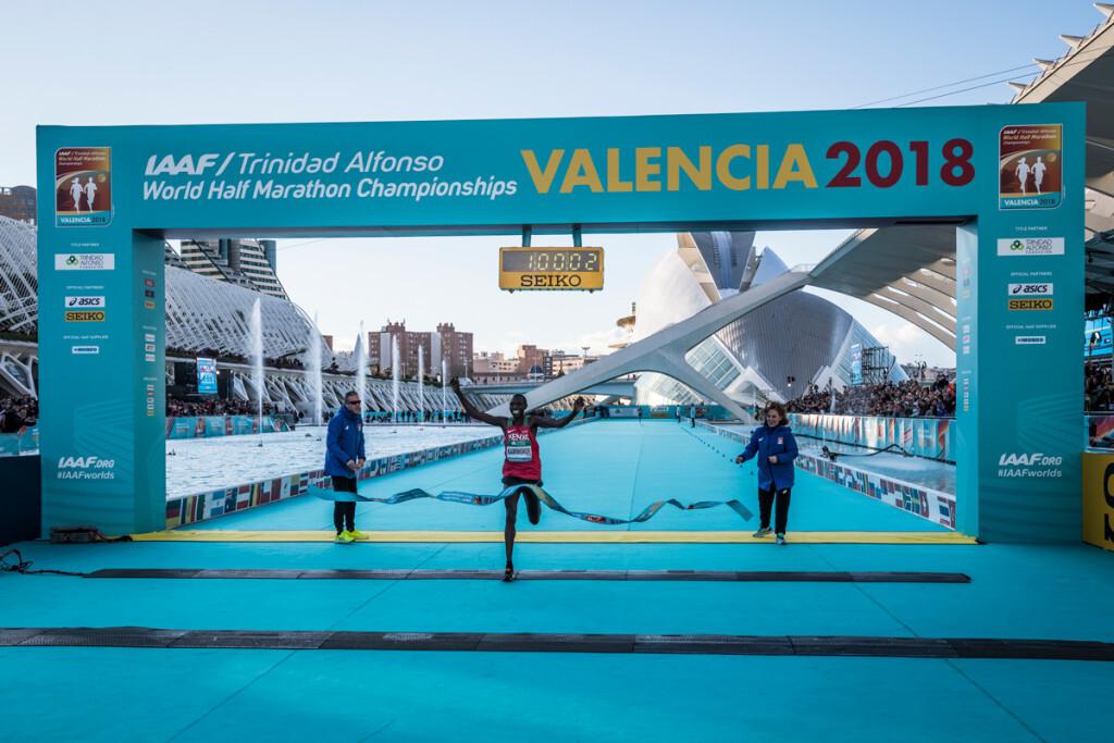 València se convierte en el epicentro mundial del atletismo y el running celebrando un nuevo récord (8)