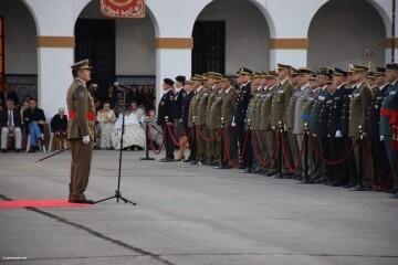 XXX edición de la Falla de las Fuerzas Armadas y Guardia Civil . (68)