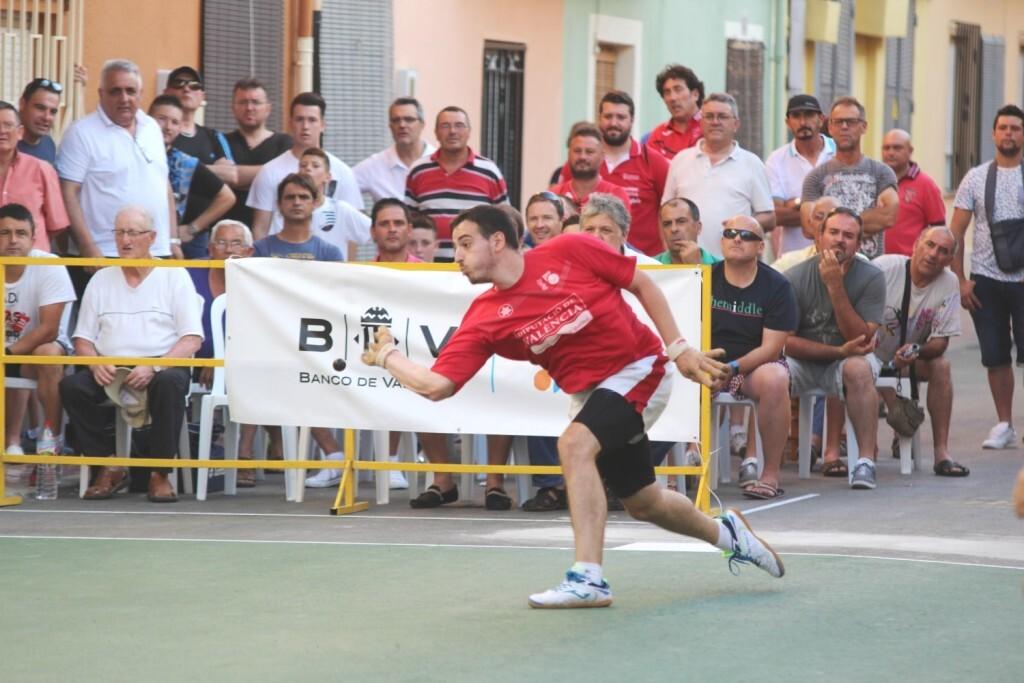 Els dos equips de Xeraco caigueren per poc en les seues partides davant Piles i Oliva