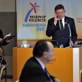 Tokio (Japón), 19/04/2018. El president de la Generalitat, Ximo Puig, interviene durante el almuerzo de trabajo que ha matenido con responsables de empresas y de operadores turísticos nipones.  EFE/Manuel Bruque