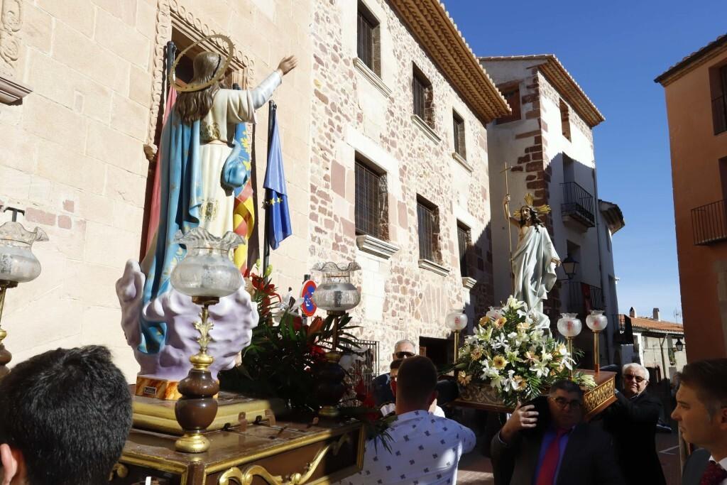 La procesión del Encuentro cierra la Semana Santa en Vilafamés (2)