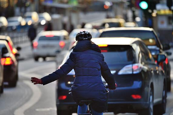 En el año 2016, de los 1.810 fallecidos en accidentes de tráfico en España, 67 fueron ciclistas. /© Fotolia
