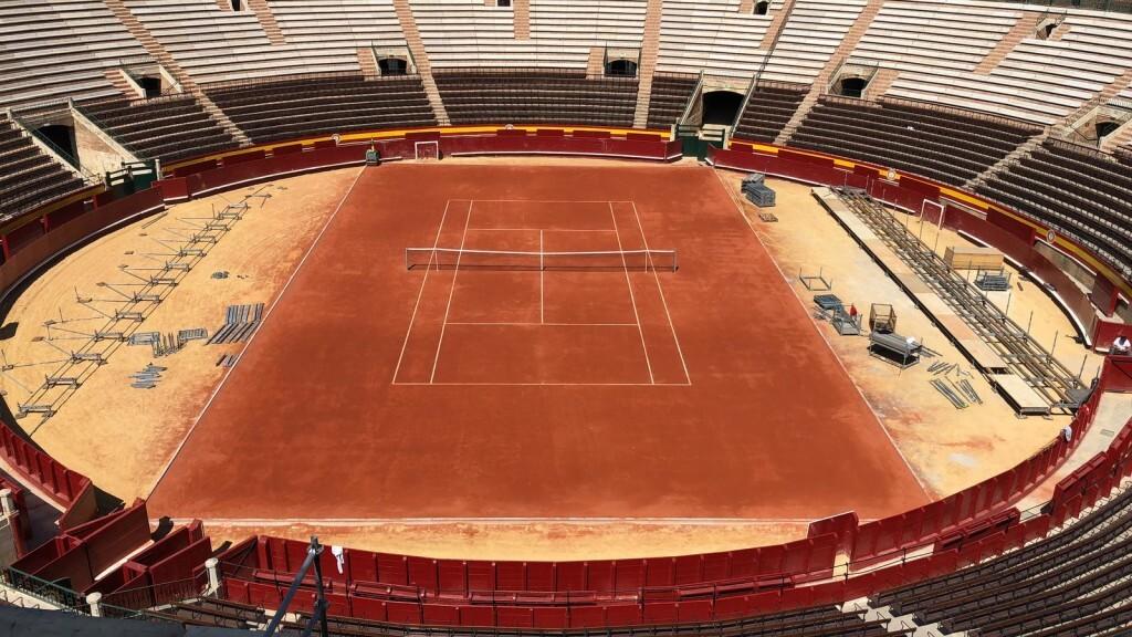 València arropa al equipo español de tenis en las horas previas a la Copa Davis (2)