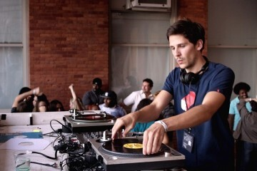 Cinema Jove dedica el ciclo 'Beats & Frames' a la música electrónica en la gran pantalla.