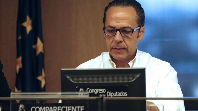 Comunidad-Valenciana-Bigotes-Congreso-Diputados_EDIIMA20180220_0141_4