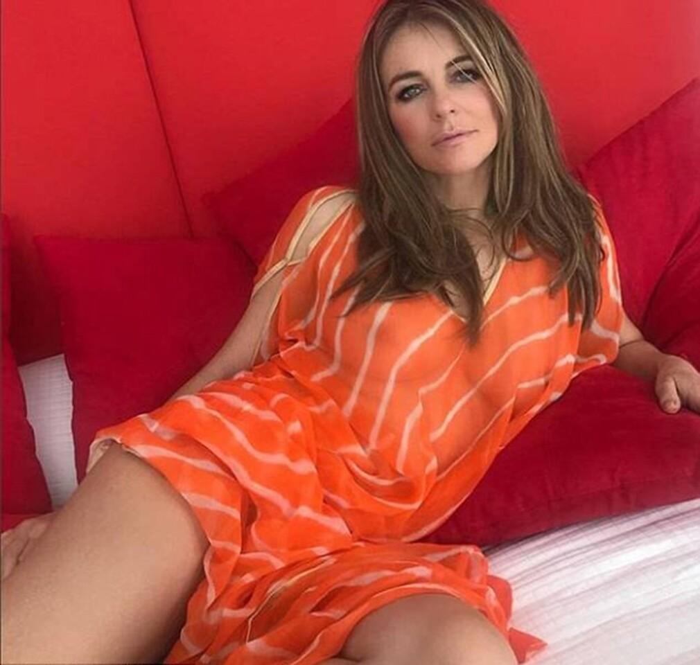Elizabeth-Hurley-811597-1261x1200