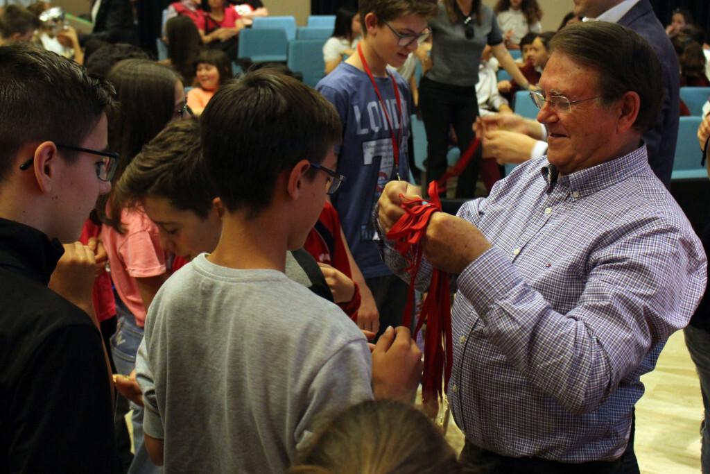José Miguel Martino en la entrega de medallas