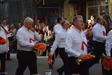 Procesión general por las calles del centro de Valencia en honor a la Virgen de los Desamparados (102)