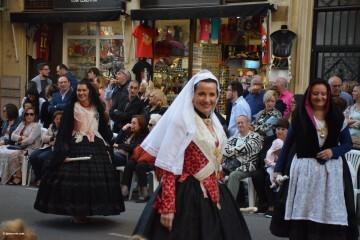Procesión general por las calles del centro de Valencia en honor a la Virgen de los Desamparados (120)