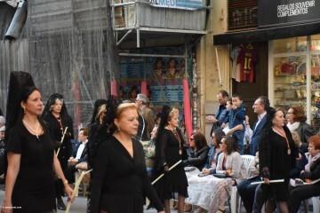 Procesión general por las calles del centro de Valencia en honor a la Virgen de los Desamparados (130)