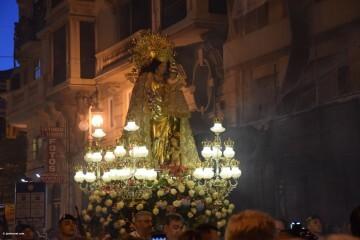 Procesión general por las calles del centro de Valencia en honor a la Virgen de los Desamparados (180)