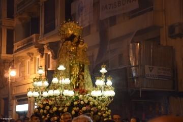 Procesión general por las calles del centro de Valencia en honor a la Virgen de los Desamparados (183)