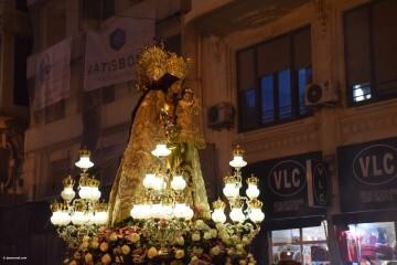 Procesión general por las calles del centro de Valencia en honor a la Virgen de los Desamparados (187)