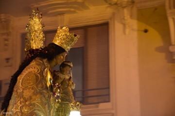 Procesión general por las calles del centro de Valencia en honor a la Virgen de los Desamparados (192)