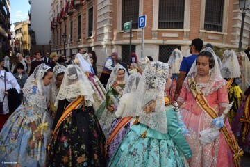 Procesión general por las calles del centro de Valencia en honor a la Virgen de los Desamparados (21)