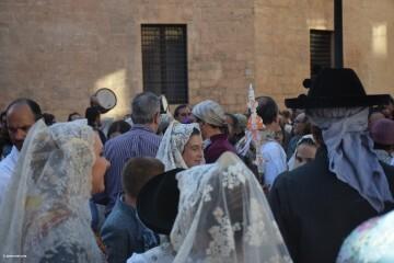 Procesión general por las calles del centro de Valencia en honor a la Virgen de los Desamparados (32)
