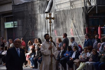 Procesión general por las calles del centro de Valencia en honor a la Virgen de los Desamparados (43)