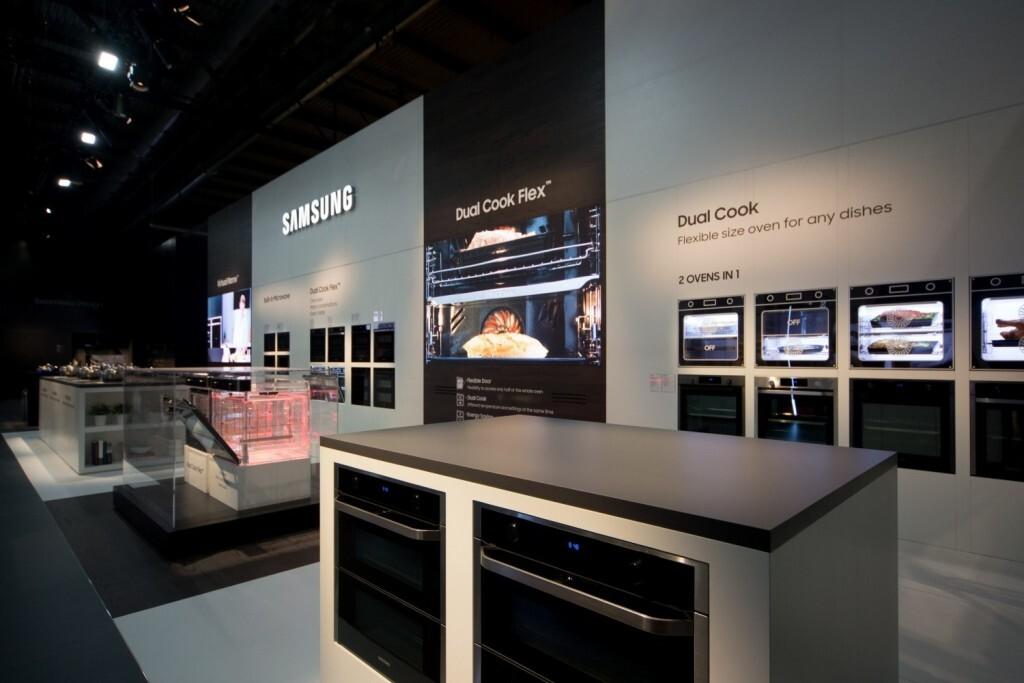 Samsung-EuroCucina_2018_Dual-Cook-Flex (1)