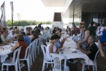 Cerezas y jazz en el Esmorzar Del Tros al Plat para reivindicar el territorio valenciano_1