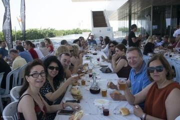 Cerezas y jazz en el Esmorzar Del Tros al Plat para reivindicar el territorio valenciano_44