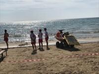 Cruz Roja salva la vida a una mujer de una parada cardiorrespiratoria mientras se bañaba en la playa de Alcossebre
