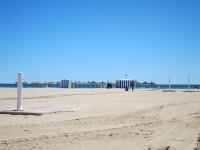 Las playas valencianas contarán con 4.132 pasarelas y 135 lavapiés y duchas este verano